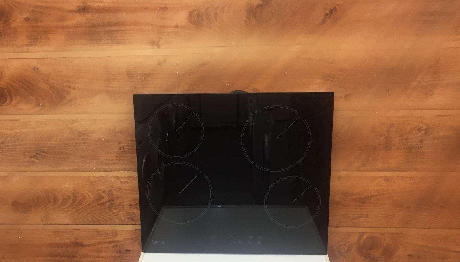 Варочная панель Midea MEH64160 черное стекло
